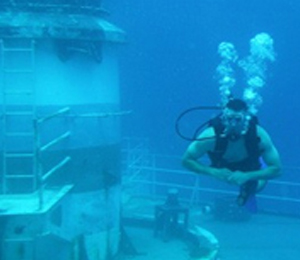 Being Socially Responsible for Better Diving
